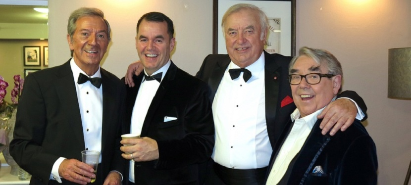 Ronnie Corbett: Theatreland mourns one of theirown