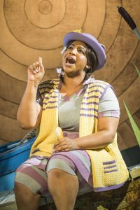 Sophie Nomvete as Mrs Otter (c)www.windinthewillowsthemusical.com