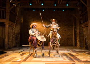 Photography of the original Swan Theatre Company by Helen Maybanks © RSC.