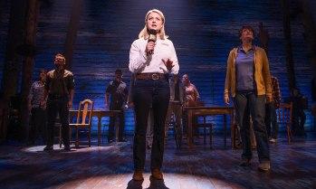 6-The-Original-Broadway-Cast-of-COME-FROM-AWAY-Credit-Matthew-Murphy-2017