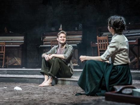duke-of-yorks-theatre-london-summer-and-smoke-triplet-five-RFBF
