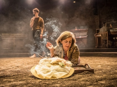 duke-of-yorks-theatre-london-summer-and-smoke-triplet-two-RGth